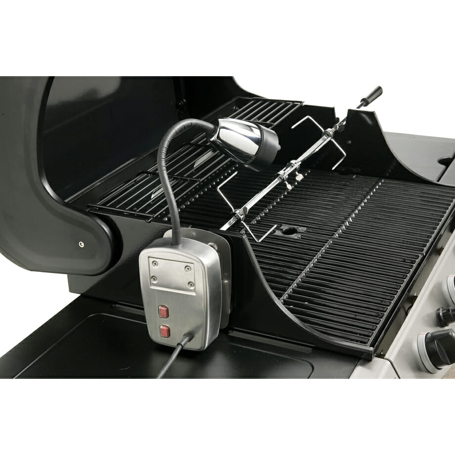 GRT5_Gasmate-Deluxe-Rotisserie-SS-With-Light_Lifestyle