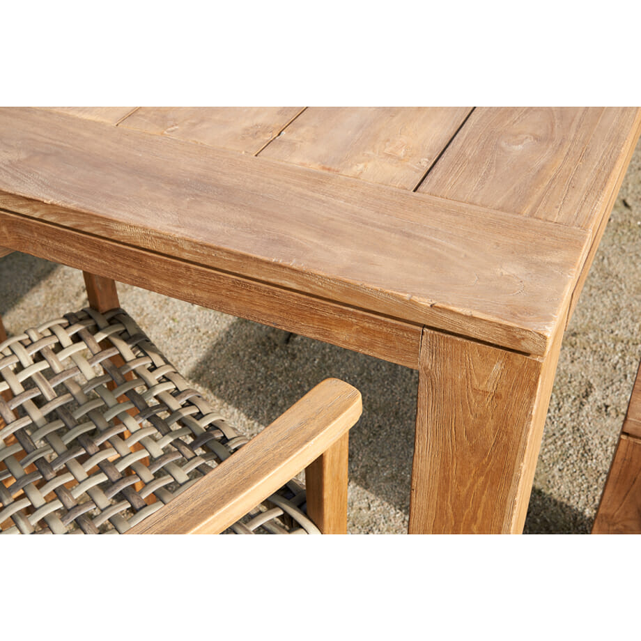 Melton Craft-Teak-Table