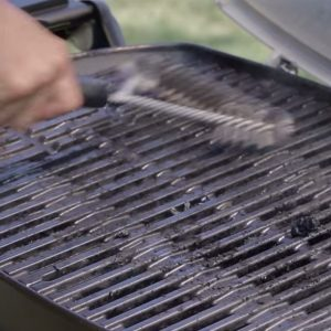 Weber-Q-Cleaning-Grill-Brush