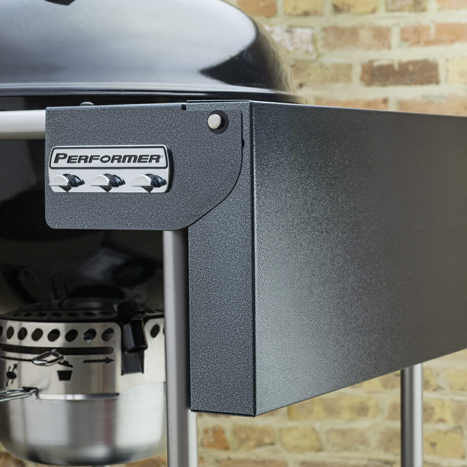 Weber-Performer-Kettle-GBS-Lifestyle1