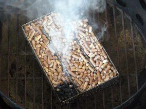 a-maze-n-pellet-smoker-review-7__74656.1493866151.1280.1280