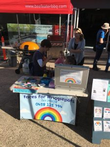 Face Painting Stand