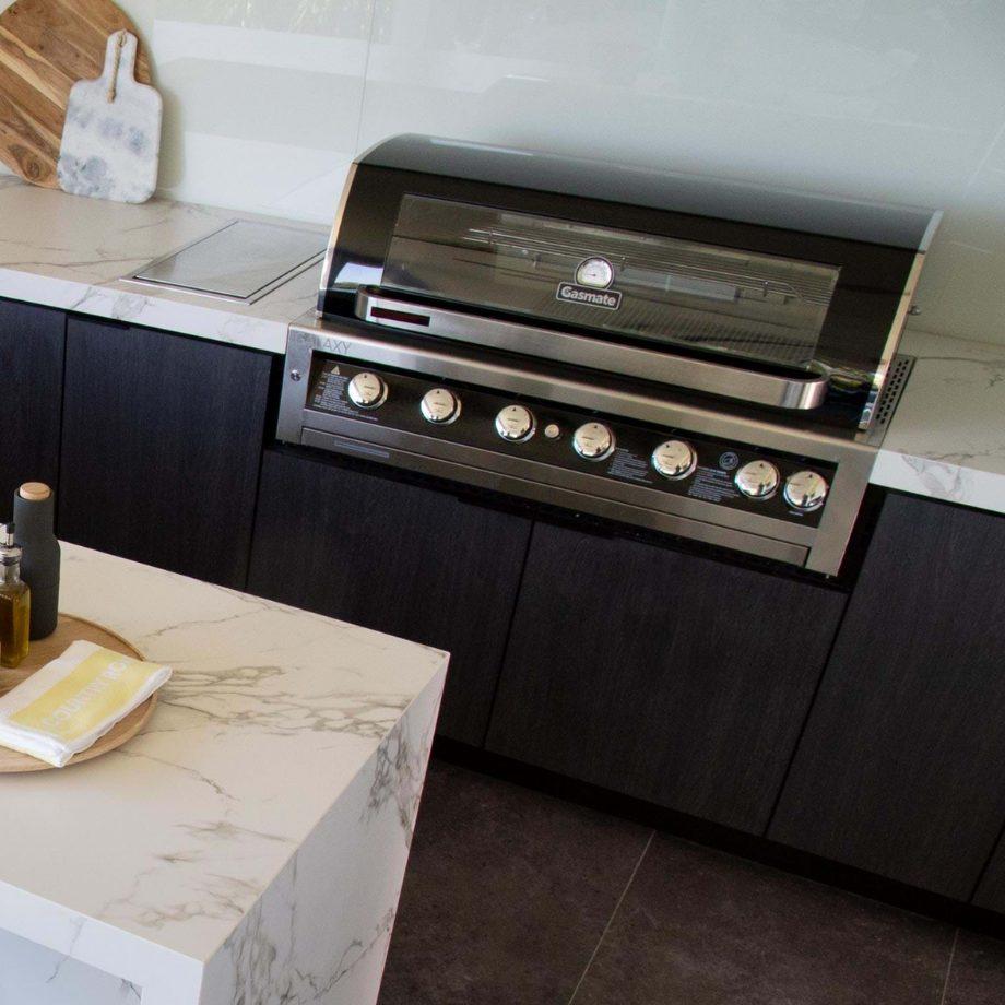 Gasmate - Galaxy Black Classic 6 Burner Built-In BBQ - LPG