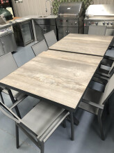 Memphis Table & Florida Chairs
